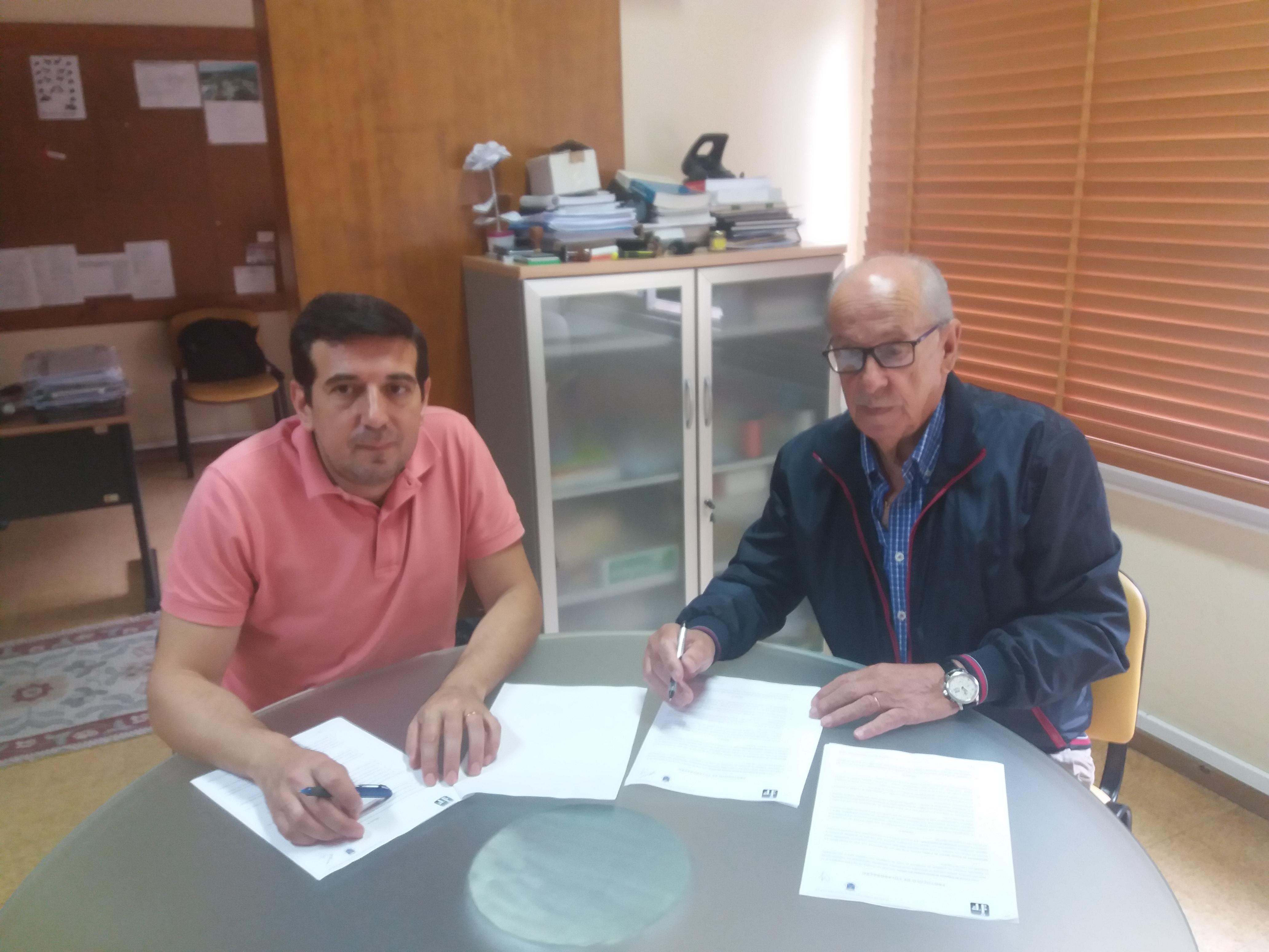 Assinatura de protocolo com o Agrupamento Martim de Freitas